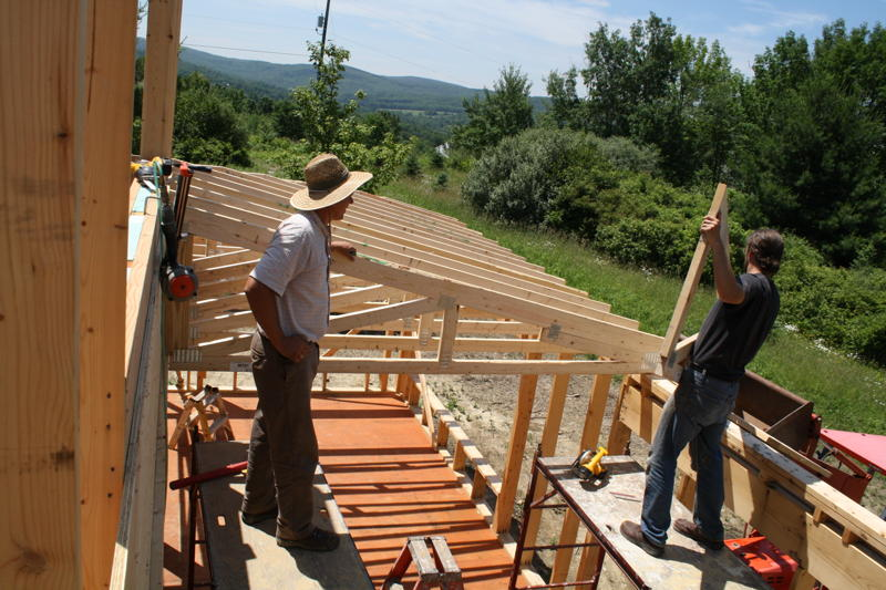 Pulling up trusses